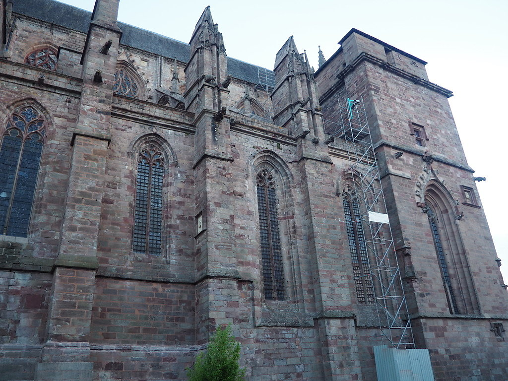 cathedrale-rodez-2.jpg